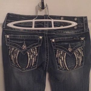 Pretty angel Wing miss me jeans